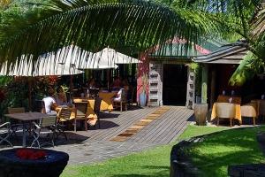 Restaurant at lakaz